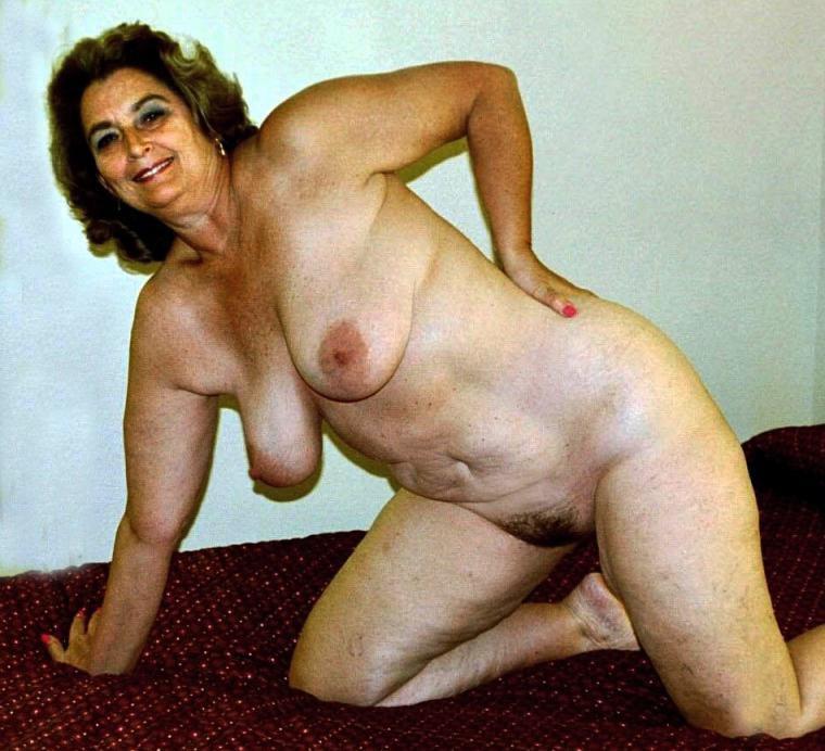 Enjoy this exhibitionist granny amateur older 2