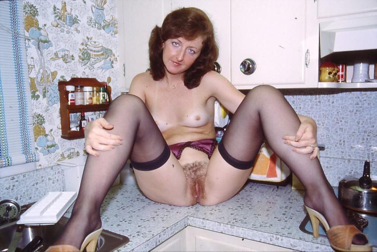 vintage-wives-nude